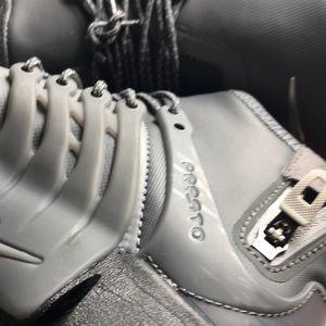 Nike Shoes - W Air Presto Mid Utility